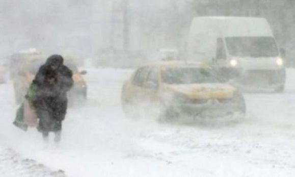 Cursurile în şcolile şi grădiniţele din Suceava, suspendate din cauza ninsorilor puternice şi a viscolului