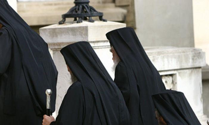 Preot din Maramureş, acuzat că a sechestrat şi a încercat să abuzeze sexual o minoră