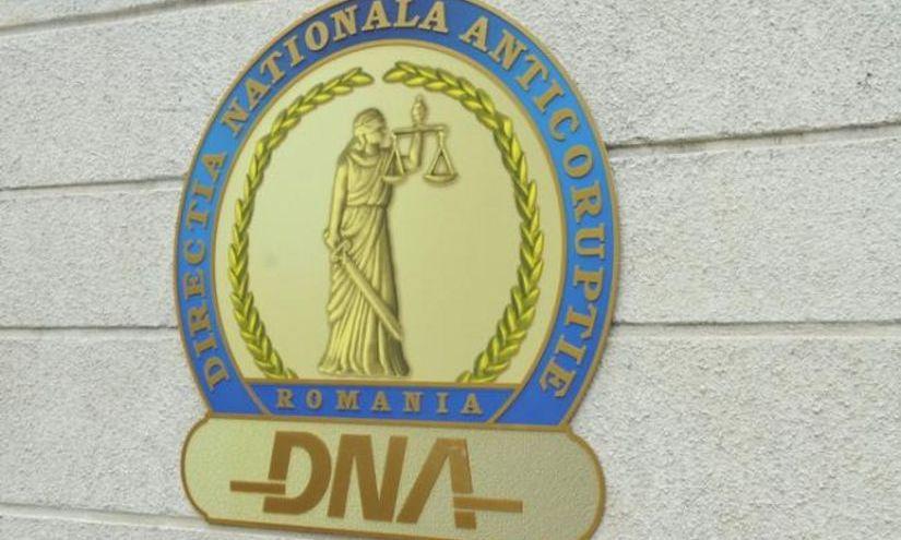 Percheziţii DNA la Oradea într-un dosar de corupţie