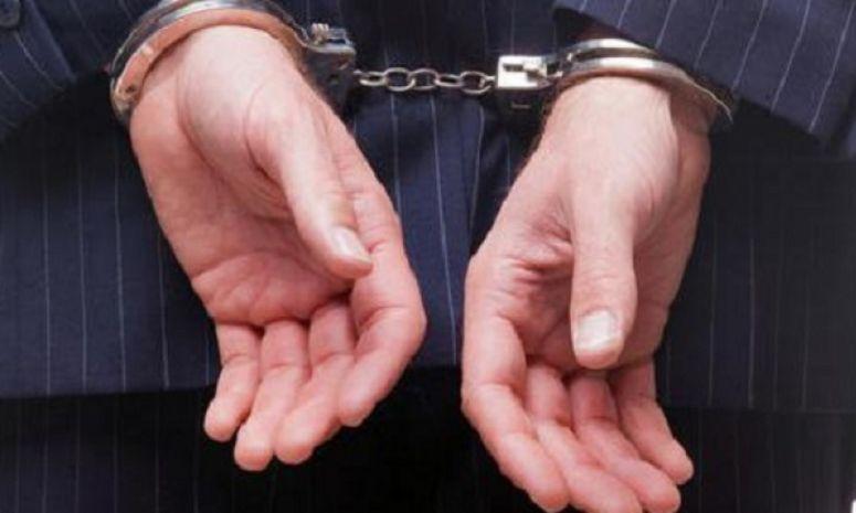 Prim-procuror, arestat preventiv pentru luare de mită şi şantaj