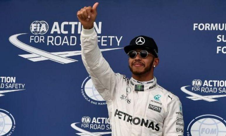 FORMULA 1 LA DEBUT. Pole-position pentru dublul campion Lewis Hamilton, al 50-lea pentru britanic în cariera sa