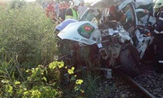 Grav ACCIDENT în Timiș: o mașină a fost SPULBERATĂ de tren