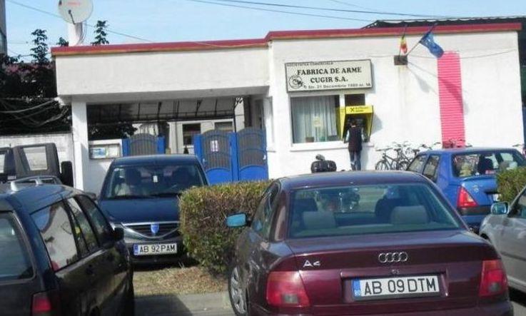Secretarul de stat în Ministerul Economiei, Ion Radu, acuzat că girează huzurul managerial și sindical de la Fabrica de Arme Cugir