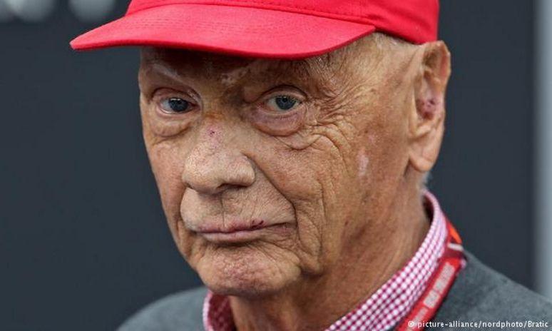 Fostul triplu campion mondial de Formula 1, Niki LAUDA, la terapie intensivă