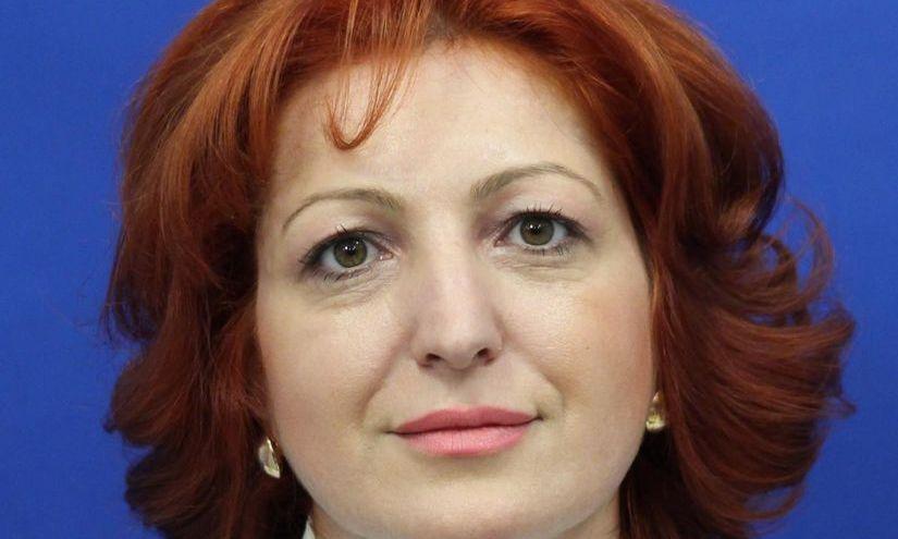 EXCLUSIV.Oana-Silvia VLĂDUCĂ, deputat PSD de Dâmbovița, a trecut la Pro România
