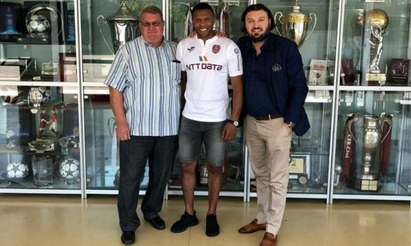 Țeapa țepelor: 250.000 de euro pentru 20 de minute jucate. CFR Cluj i-a REZILIAT contractul lui Baptista