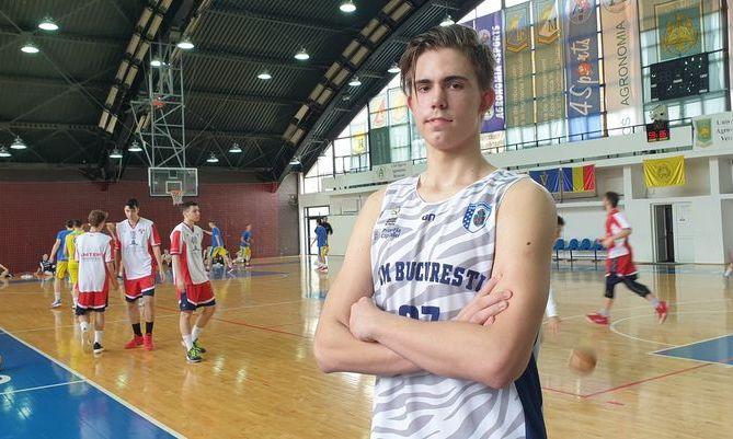 El e Arnold, baschetbalistul român SURDO-MUT care visează să joace în NBA