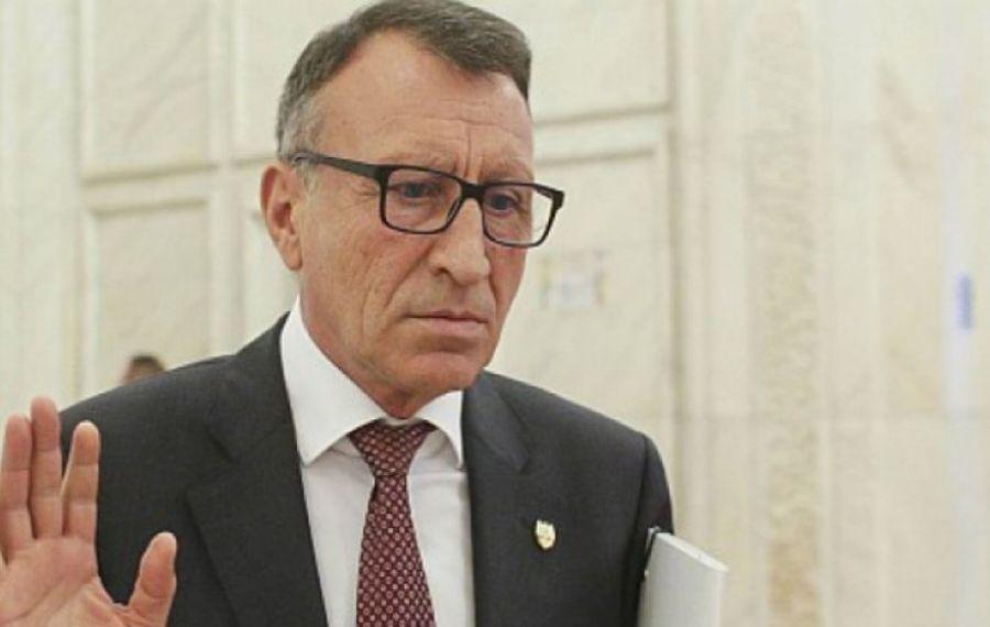 Primarii din Olt, revoltați de blatul dintre baronul PSD Paul Stănescu și liderul județean PNL, pentru banii de investiții