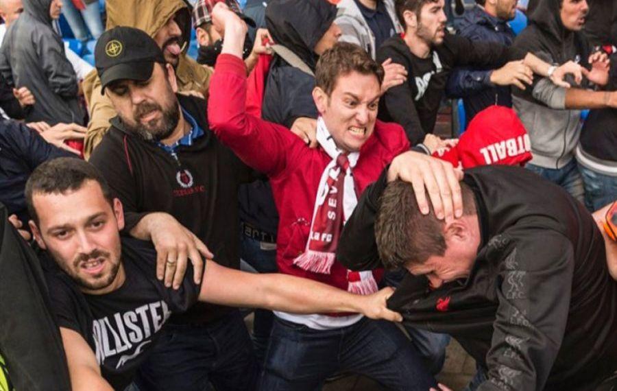 Bătaie generală în centrul Timişoarei între fanii dinamovişti şi rivalii de la Poli