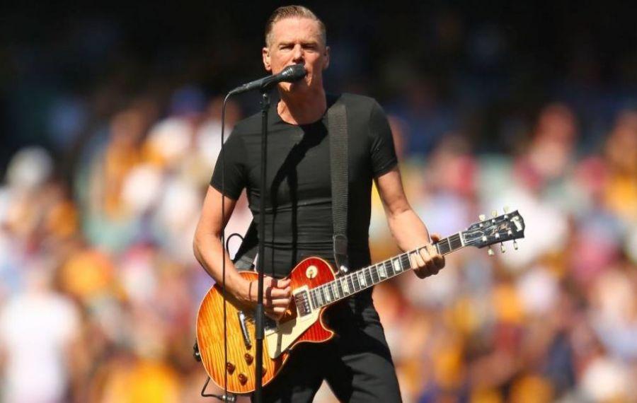 Bryan Adams vine în noiembrie în ROMÂNIA, pentru a treia oară. Unde va concerta megastarul