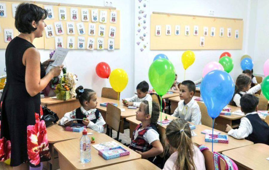 """Sindicatele AVERTIZEAZĂ: """"Mai multe școli ar putea rămâne închise"""""""