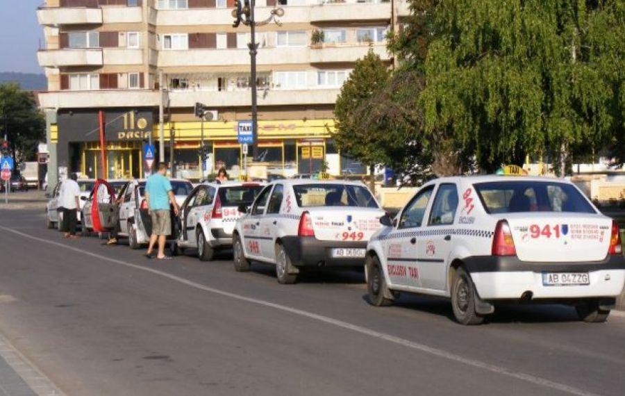 RĂZBUNARE inedită: Un bărbat a înjurat operatorii 112 pentru că nu îi venea taxiul