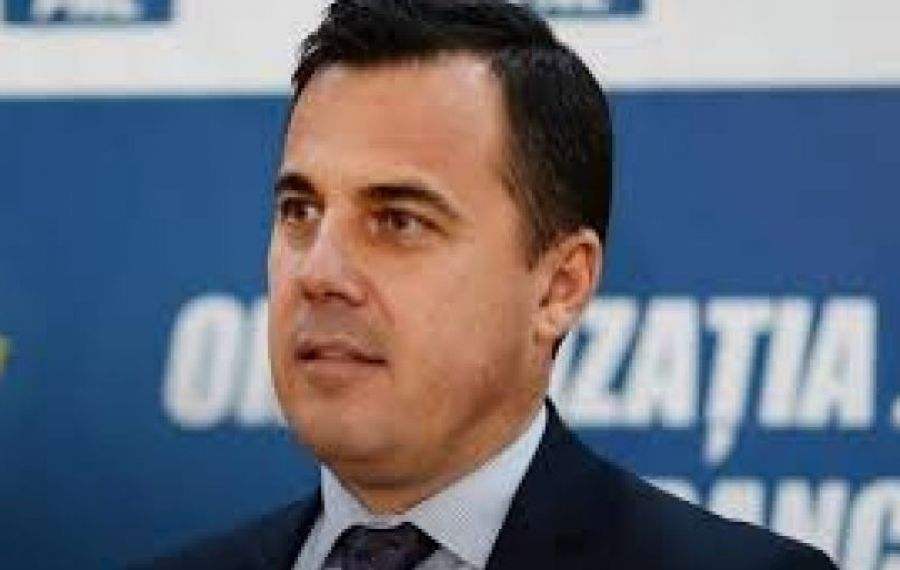 Iohannis nu-l mai vrea în Guvern pe ministrul bâlbâit de la Dezvoltare