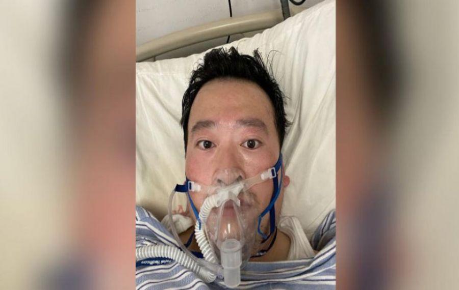 A MURIT medicul chinez care a dat alerta de CORONAVIRUS! În decembrie, fusese amendat pentru alarmă falsă