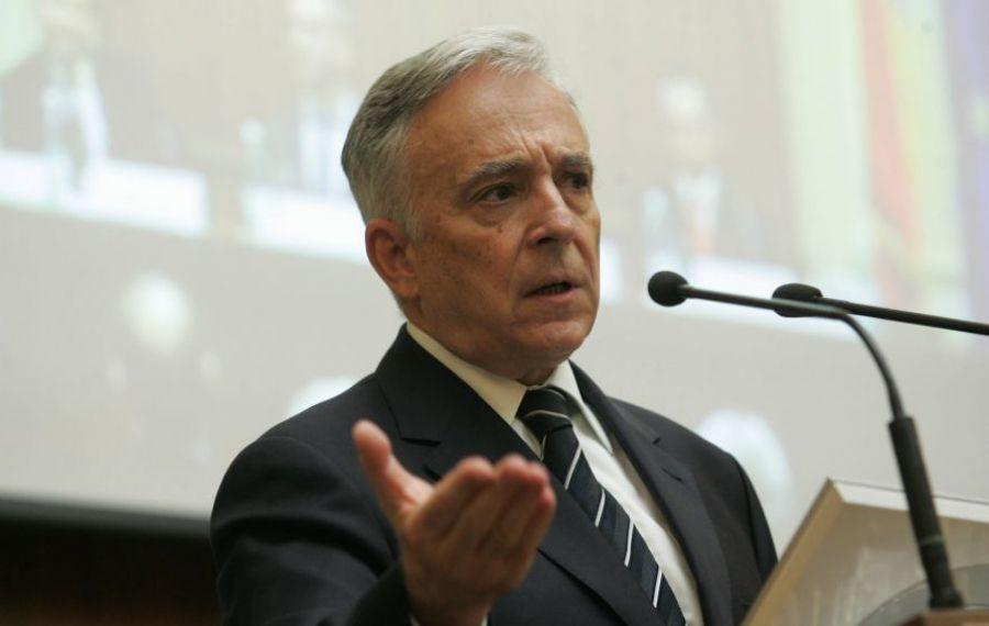 """Mugur Isărescu îi ia APĂRAREA Ministrului de Finanțe: """"Împrumutul e o dovadă de responsabilitate"""""""