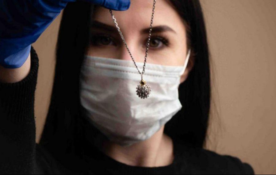 O firmă de bijuterii din Rusia susține că a creat un TALISMAN anti-coronavirus