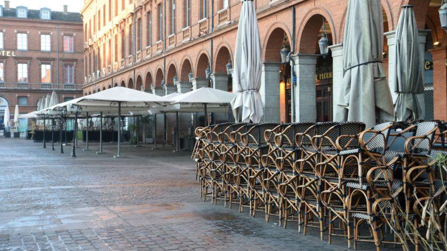 """""""Redeschideți restaurantele!"""". Scrisoare deschisă către președintele Franței"""
