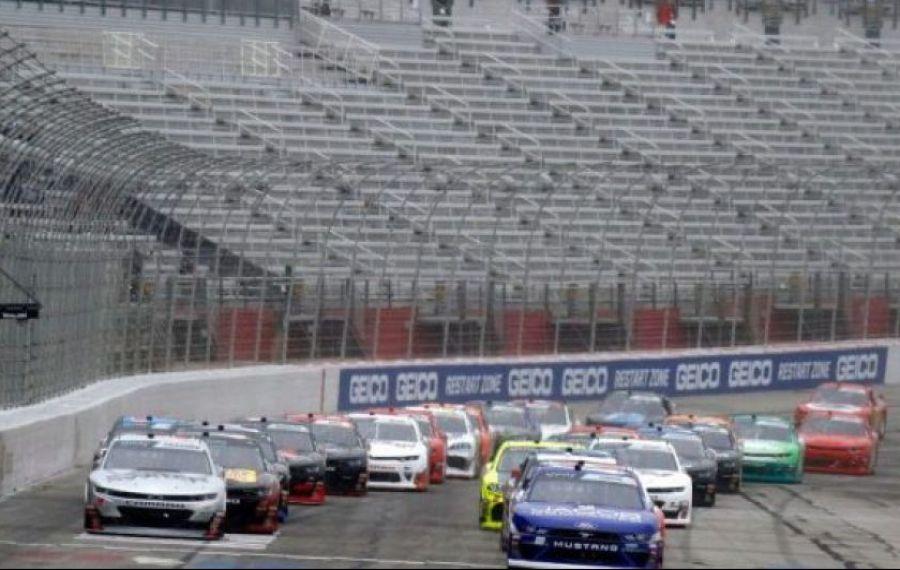 NASCAR e prima competiţie majoră din SUA care se va relua