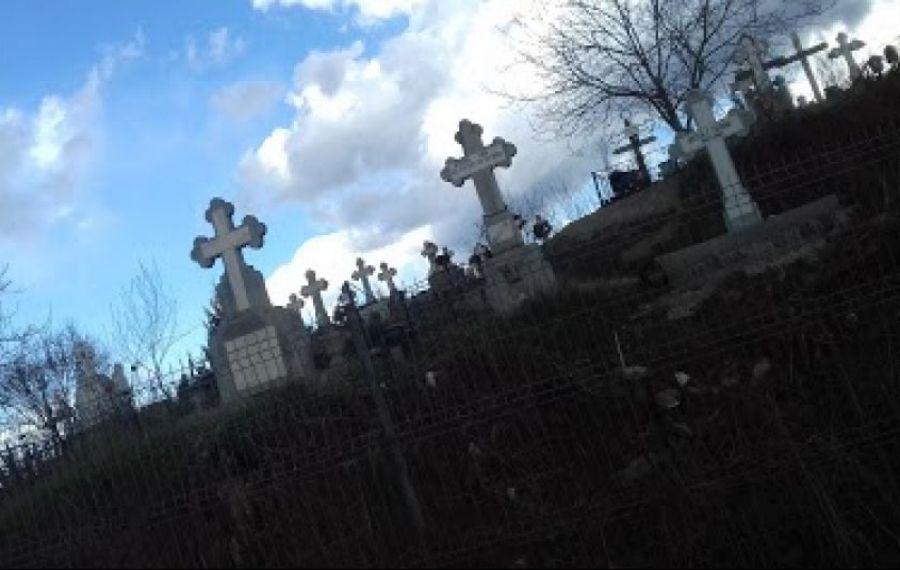 PROFANARE de morminte la un CIMITIR de lângă Bucureşti