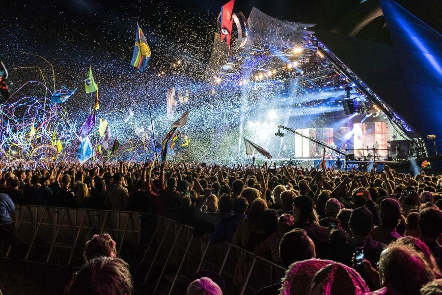"""Mâine seară: Totuși, Eurovisionul """"are loc""""!"""