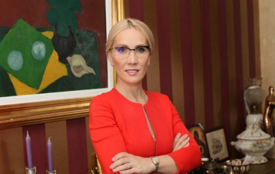 Ramona Ioana Bruynseels se ocupă de șușanele
