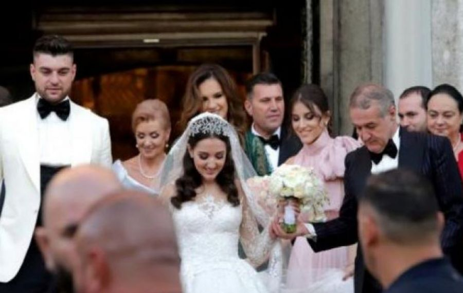 Gigi BECALI a devenit BUNIC. Fiica lui, Teodora, a născut o fetiță