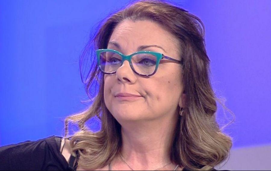 """Actrița Carmen Tănase: """"Lucrurile sunt foarte ciudate. Urmează CEVA FOARTE RĂU, a fost o repetiție generală"""""""