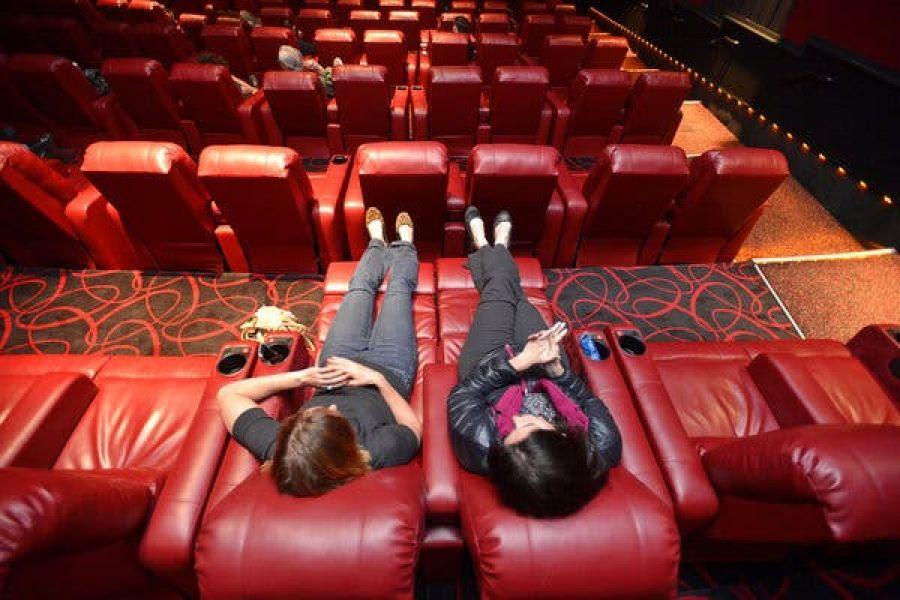 Ce va face cel mai MARE lanț de cinematografe din lume cu cei care vin la film