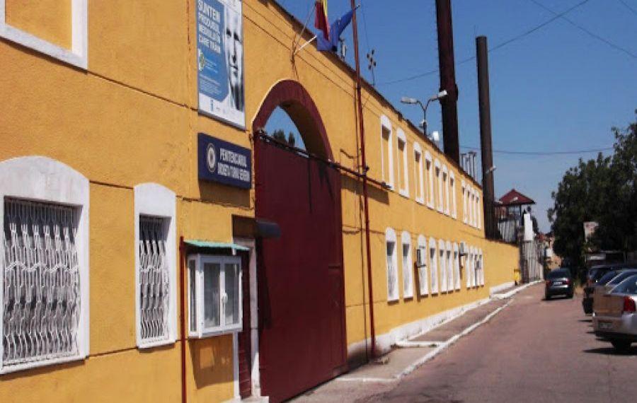 L-au resuscitat degeaba. Un DEȚINUT a murit la Penitenciarul Drobeta-Turnu Severin