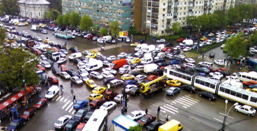 Va ajuta o funcție Google Maps în traficul din București?
