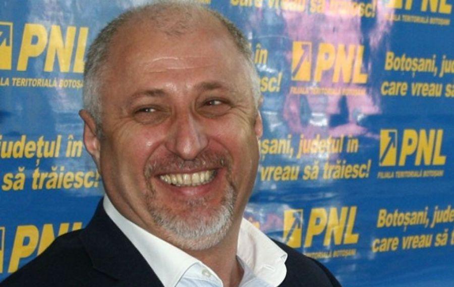 Liderul PNL Botoșani Costel Șoptică a divorțat la presiunile amantei