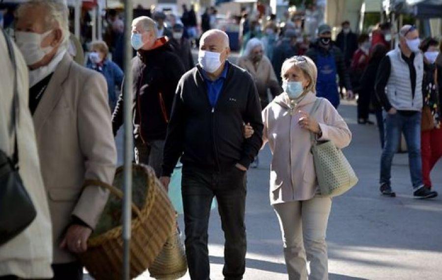 Belgienii, obligați să poarte MASCĂ de PROTECȚIE și pe stradă