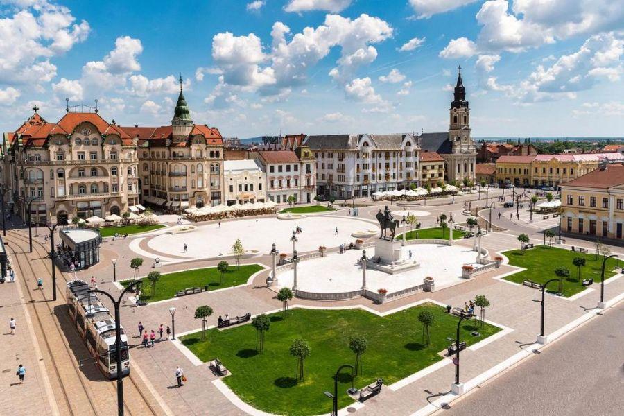 Ce li se întâmplă TURIȘTILOR care rămân două nopţi în Oradea