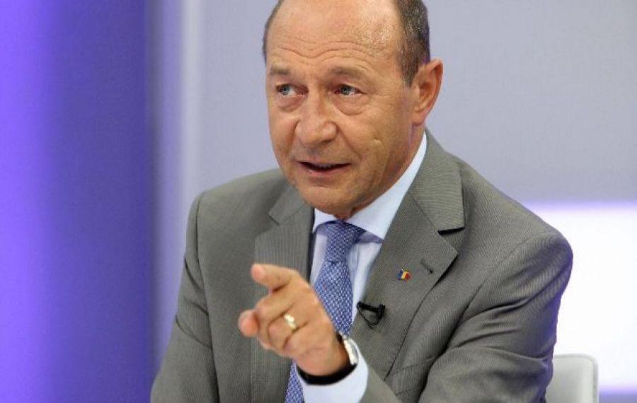 Băsescu acuză: Fiecare pensionar este furat de guvernul PNL şi de fostul guvern PSD. Olguţa şi Dragnea au planificat furtul înainte de declanşarea crizei