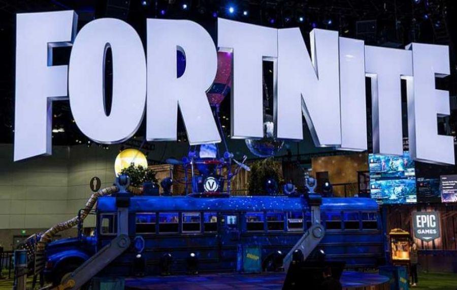 Jocul Fortnite va fi SCOS din magazinele Google și Apple