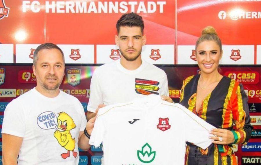 """Anamaria Reghecampf și-a adus """"copilul"""" la Hermannstadt"""