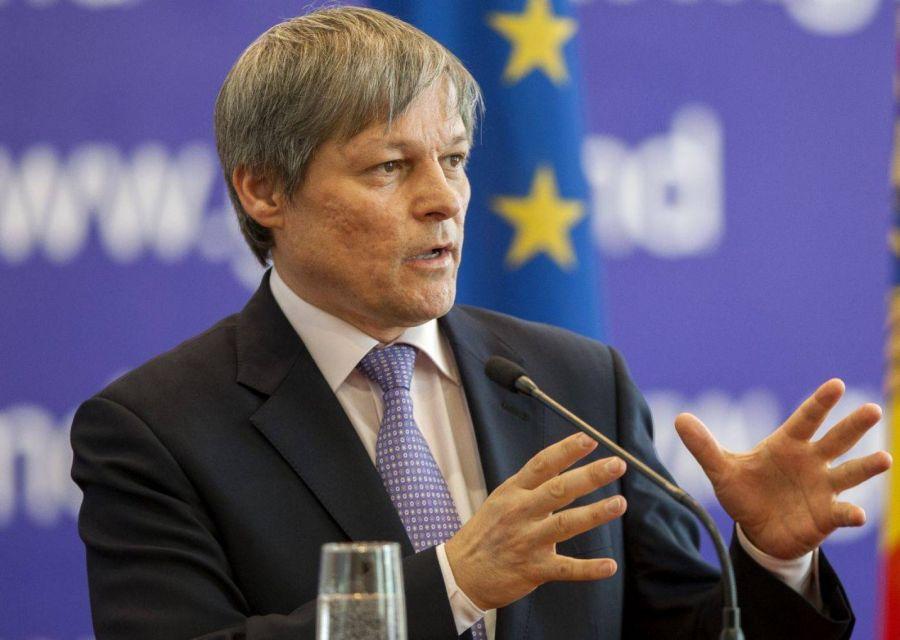Dacian Cioloș: Membrii PLUS au votat fuziunea cu USR
