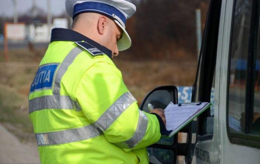 Polițiștii au aplicat peste 10.000 de SANCȚIUNI pentru nerespectarea regulilor din pandemie
