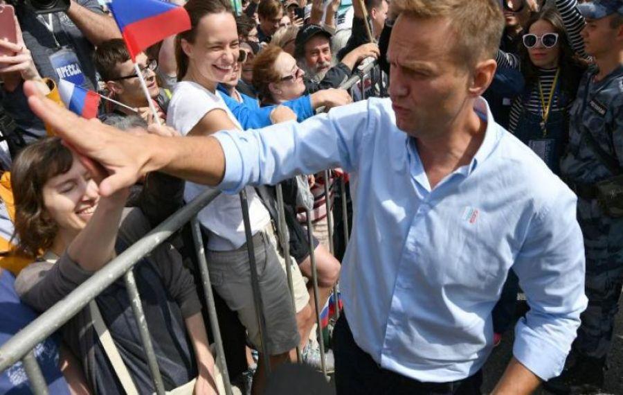 """Primele concluzii ale germanilor: Navalnîi prezintă """"urme de OTRĂVIRE"""""""