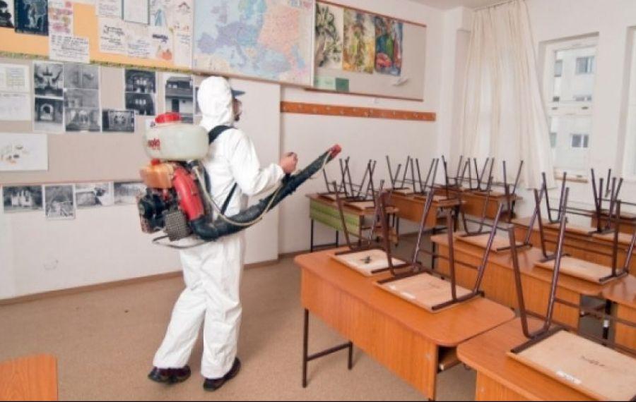 ZILE LIBERE pentru părinţi, dacă epidemia COVID-19 închide şcolile. Cum faci CEREREA