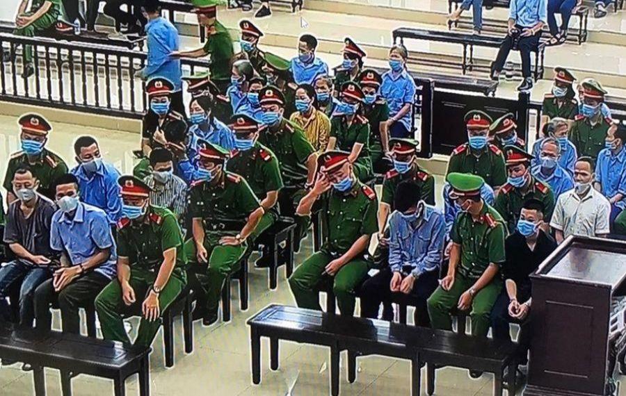 Vietnam: 29 de săteni sunt judecați pentru revoltă împotriva autorităților și uciderea a trei polițiști