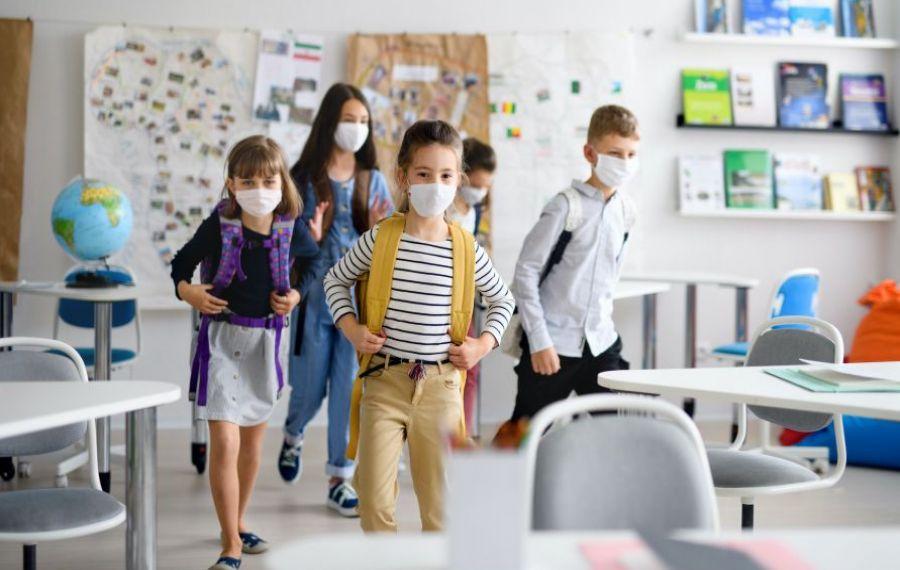 """Raluca Turcan, mesaj pentru elevi: """"Școala nu este facultativă, începe la 14 septembrie"""""""