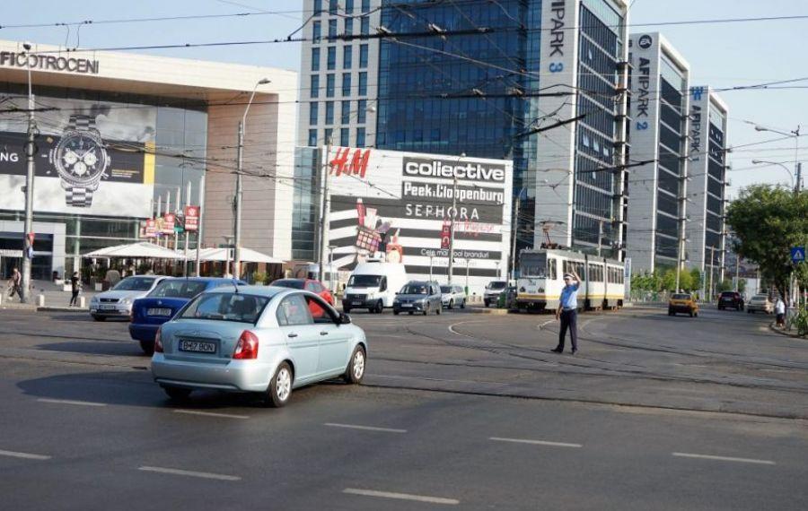 Trafic rutier restricționat într-o intersecție MARE din Capitală