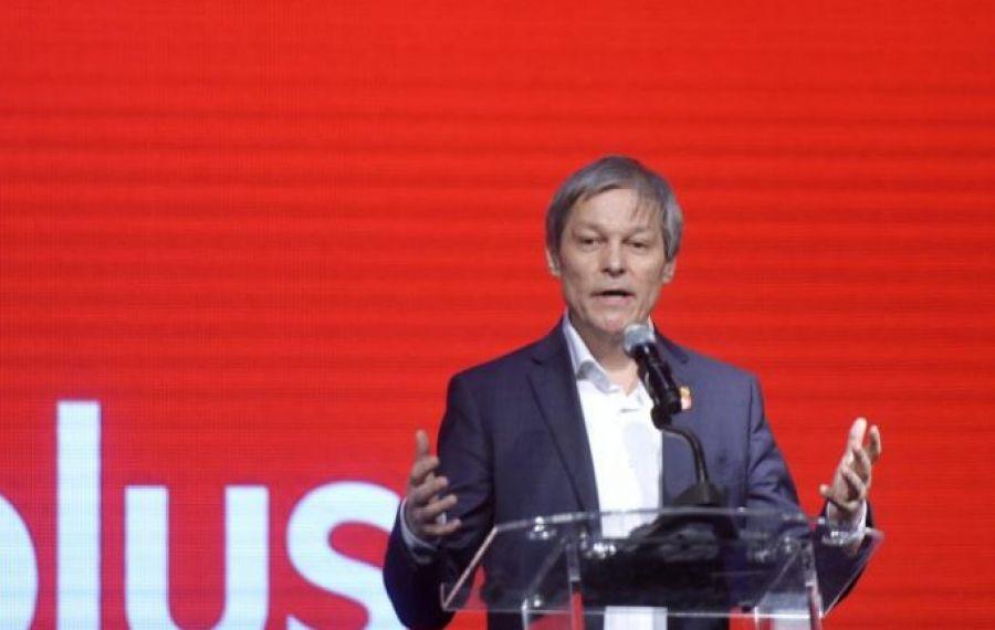"""Dacian Cioloș face APEL la români: """"Dacă aţi avut curajul să ieşiţi în stradă când se dădeau cu gaze, aveţi curaj să mergeţi la vot"""""""