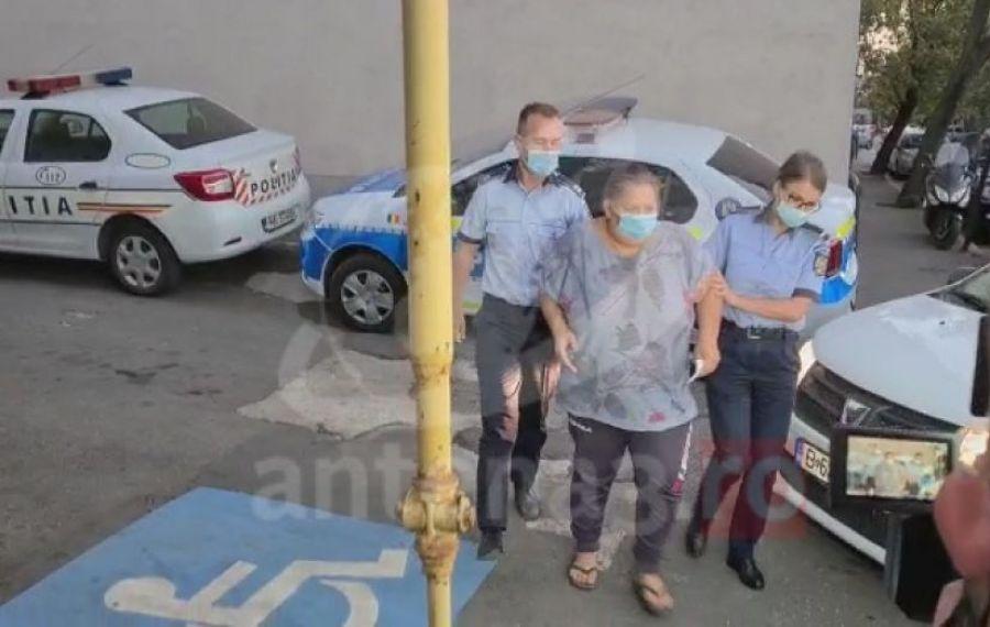DECIZIA Poliției Capitalei în cazul femeii care s-a filmat când își TORTURA fetița de 5 ani