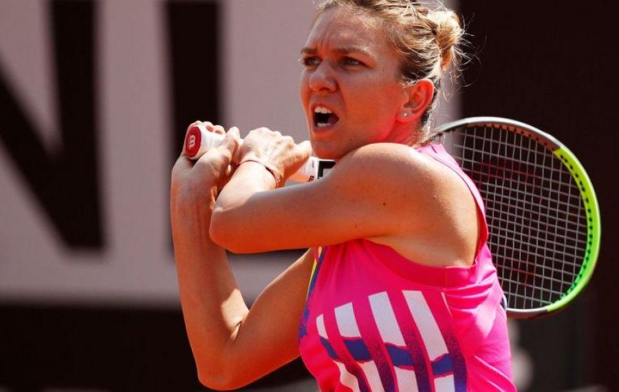 Simona e în semifinale la Roma, după abandonul adversarei