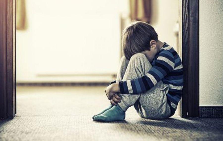 HALUCINANT: Un bărbat a violat un copil de șase ani. Motivul pentru care a fost IERTAT de judecători