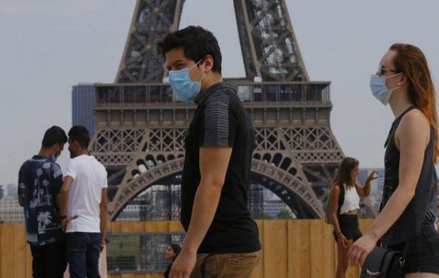 Noi RESTRICȚII dure în Franța. Cazurile de coronavirus se înmulțesc îngrijorător