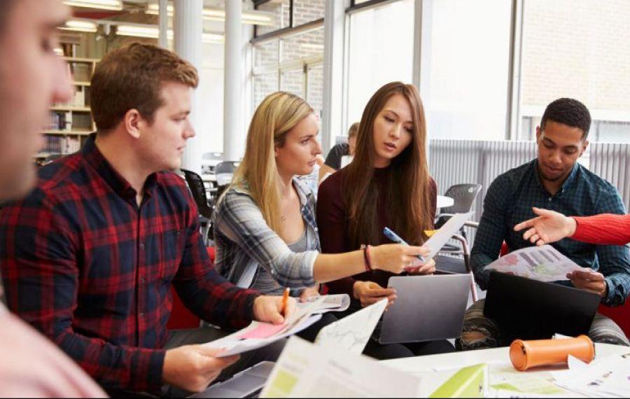 În plină criză economică, școlile de business își schimbă programa pentru a răspunde nevoilor managerilor și antreprenorilor
