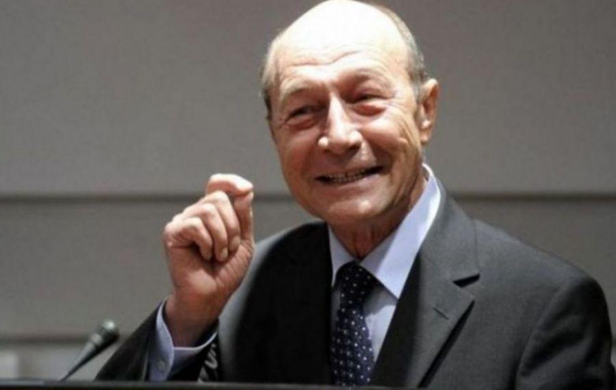 """Traian Băsescu, în hohote de râs: """"Nicușor Dan NU își va prelua mandatul..."""""""